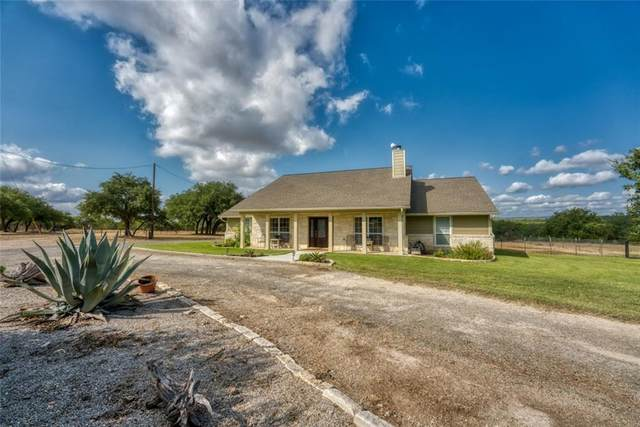647 Crooked Oak Ln, Round Mountain, TX 78663 (#4985363) :: First Texas Brokerage Company