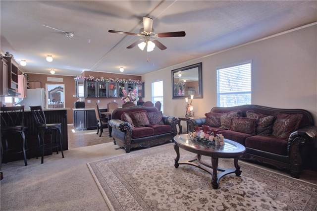 138 Bridlewood Path, Seguin, TX 78155 (#5047506) :: The Perry Henderson Group at Berkshire Hathaway Texas Realty