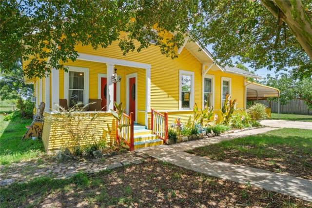 527 Cherry Ave, Luling, TX 78648 (#5085727) :: The Perry Henderson Group at Berkshire Hathaway Texas Realty
