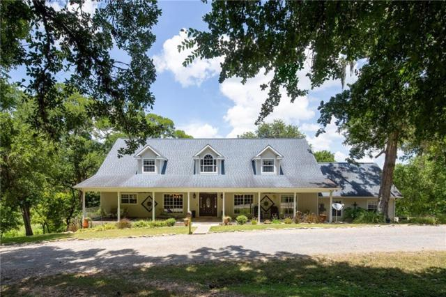 601 Country Club Ct, La Grange, TX 78945 (#5089922) :: The Perry Henderson Group at Berkshire Hathaway Texas Realty