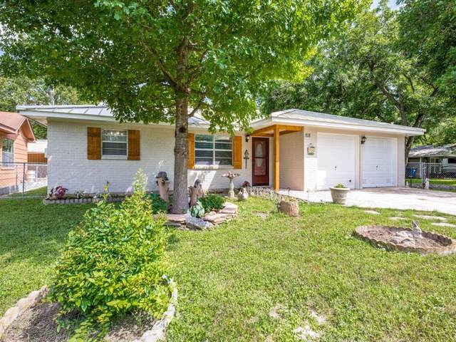 818 E Torrey St, New Braunfels, TX 78130 (#5137355) :: The Perry Henderson Group at Berkshire Hathaway Texas Realty