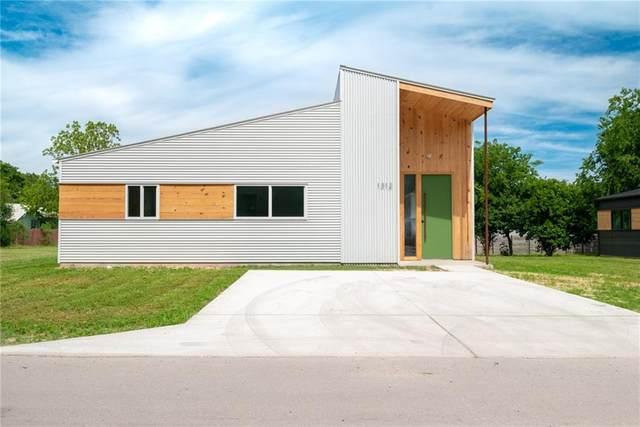 1312 Green St, Lockhart, TX 78644 (#5296663) :: All City Real Estate