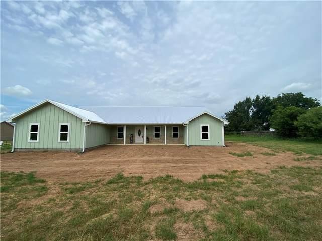 639 Old Highway 20, Mcdade, TX 78650 (#5336125) :: Ben Kinney Real Estate Team
