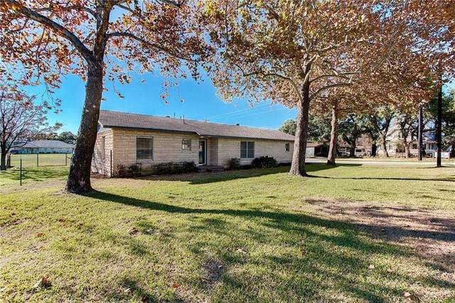 1807 Loop 332, Liberty Hill, TX 78642 (#5363112) :: The Perry Henderson Group at Berkshire Hathaway Texas Realty