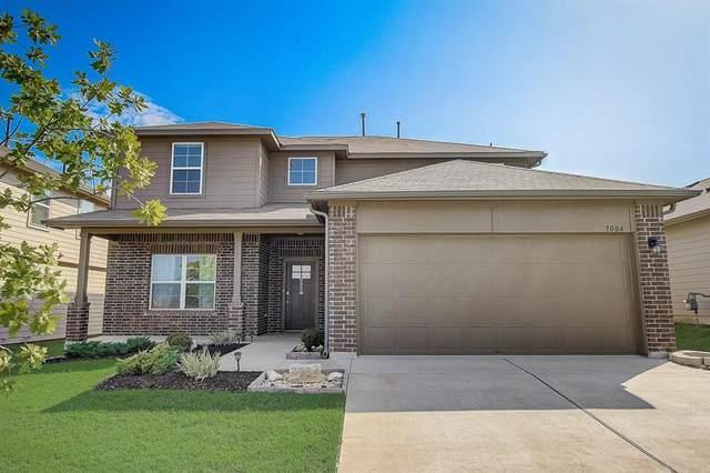 7004 Branrust Dr, Austin, TX 78744 (#5409134) :: Papasan Real Estate Team @ Keller Williams Realty
