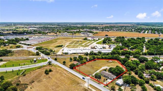 1206 N Burleson St, Kyle, TX 78640 (#5495431) :: The ZinaSells Group