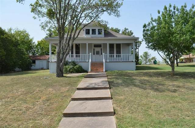 100 N Broad St, Coupland, TX 78615 (#5503545) :: The Summers Group