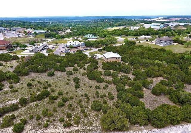 8009 Arapaho Trl, Lago Vista, TX 78645 (#5565798) :: Realty Executives - Town & Country