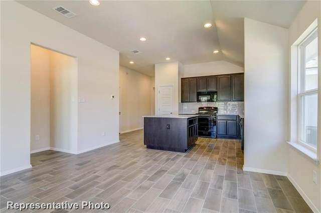 216 Insider Loop, Elgin, TX 78621 (#5747487) :: Service First Real Estate