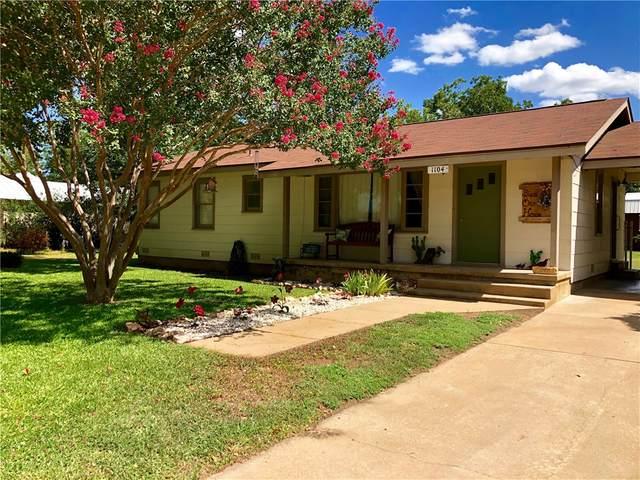 1104 E Sandstone St, Llano, TX 78643 (#5761366) :: Zina & Co. Real Estate