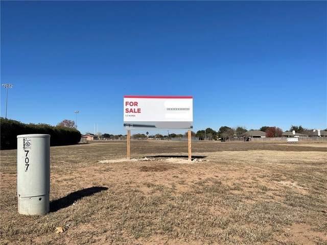 000 Old Austin Highway, Bastrop, TX 78602 (MLS #5768372) :: The Barrientos Group
