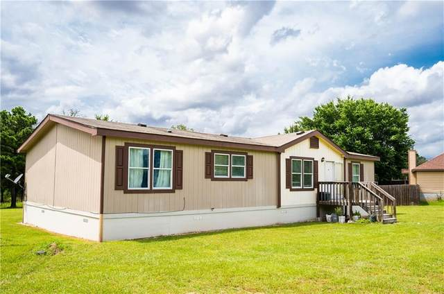110 S Appaloosa Ct, Paige, TX 78659 (#5876658) :: Papasan Real Estate Team @ Keller Williams Realty
