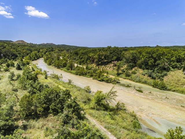 400 Madrone Trl, Wimberley, TX 78676 (#5943668) :: The Perry Henderson Group at Berkshire Hathaway Texas Realty