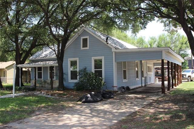 202 E Crockett St, Luling, TX 78648 (#5989069) :: Papasan Real Estate Team @ Keller Williams Realty