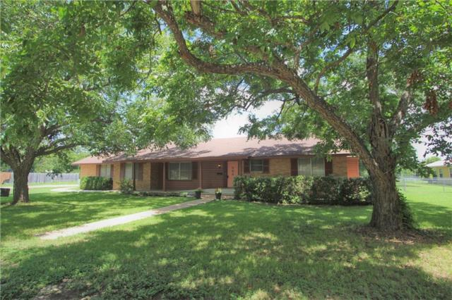 504 Marburger St, Smithville, TX 78957 (#6052248) :: The ZinaSells Group