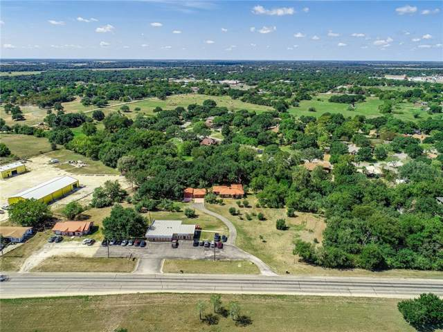 1103 E Sarah Dewitt Dr, Gonzales, TX 78629 (#6174709) :: The Perry Henderson Group at Berkshire Hathaway Texas Realty