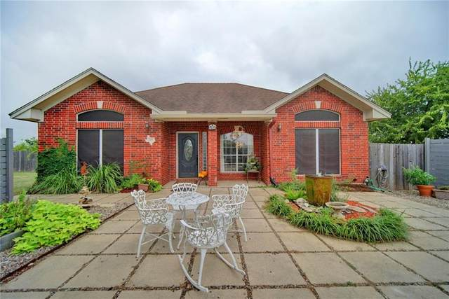 201 Jacobs Way, Hutto, TX 78634 (#6393965) :: 12 Points Group