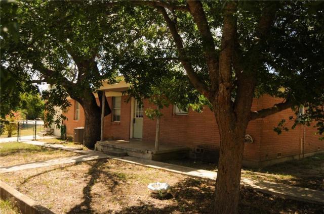 1407 E 4th St, Lampasas, TX 76550 (#6441730) :: Realty Executives - Town & Country