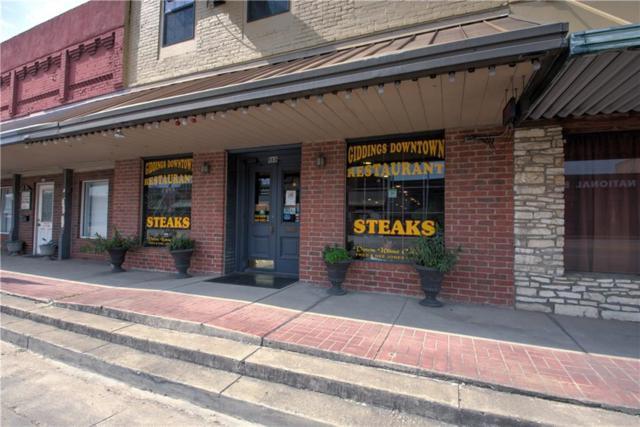155 W Austin St, Giddings, TX 78942 (#6452700) :: The Smith Team