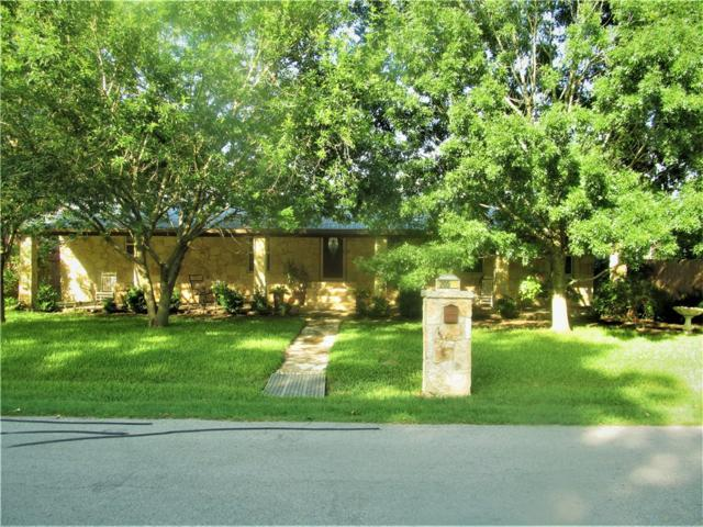 205 N Avenue E Ave, Elgin, TX 78621 (#6497969) :: The Perry Henderson Group at Berkshire Hathaway Texas Realty