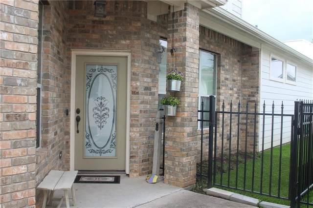 353 E Pearl St, La Grange, TX 78945 (#6498488) :: Papasan Real Estate Team @ Keller Williams Realty