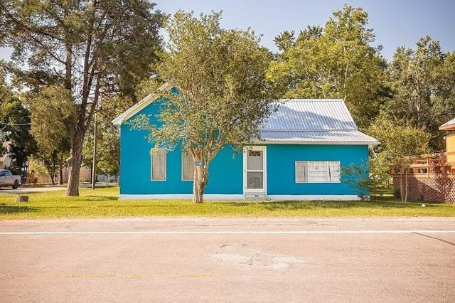 256 Sylvan St, Carmine, TX 78932 (#6656447) :: Papasan Real Estate Team @ Keller Williams Realty