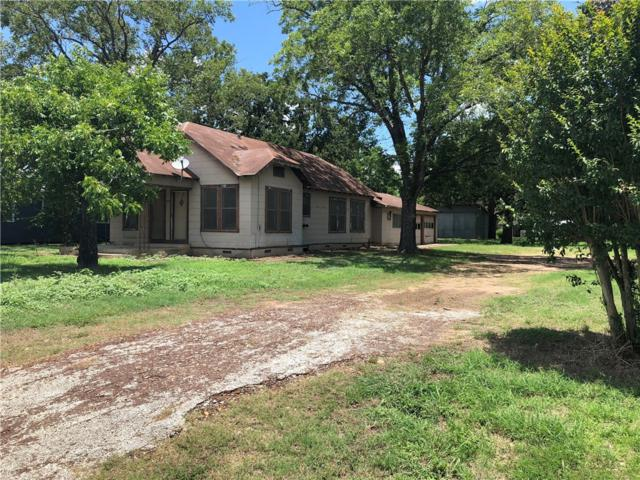 1602 Water St, Gonzales, TX 78629 (#6657073) :: The Heyl Group at Keller Williams