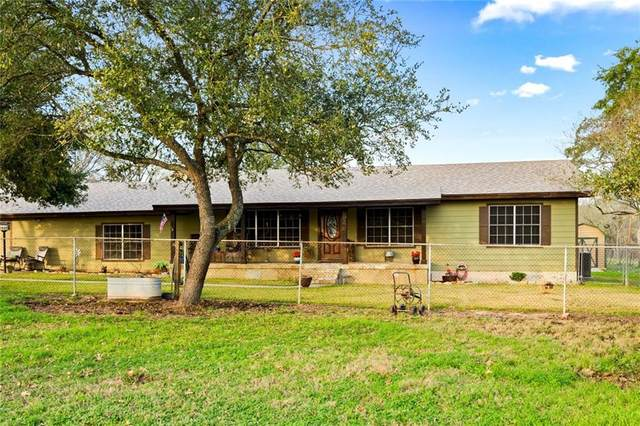 1861 E Davis St, Luling, TX 78648 (#6707994) :: Watters International