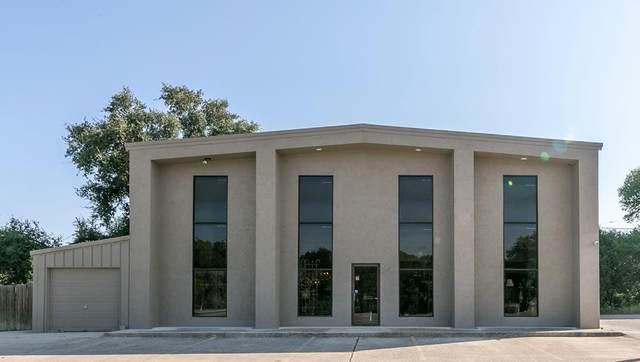 1750 Junction Highway, Kerrville, TX 78028 (#6796916) :: Papasan Real Estate Team @ Keller Williams Realty