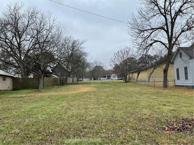 619 S Commerce St, Lockhart, TX 78644 (#6847315) :: Azuri Group | All City Real Estate