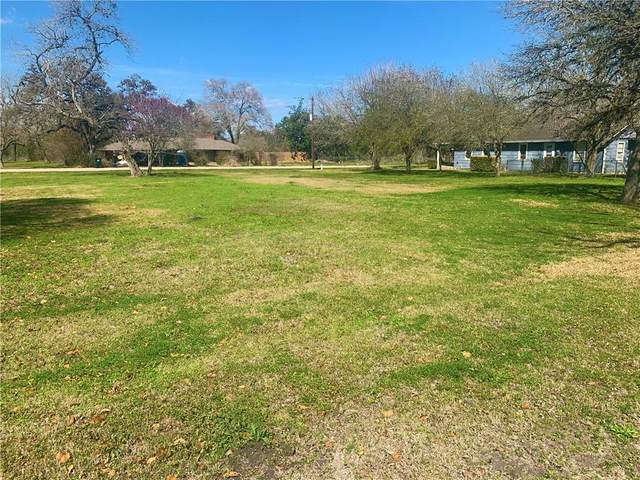 000 E 9th St, Flatonia, TX 78941 (#6891762) :: RE/MAX IDEAL REALTY