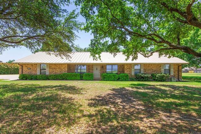 1406 N Avenue C, Elgin, TX 78621 (#6911438) :: The Heyl Group at Keller Williams