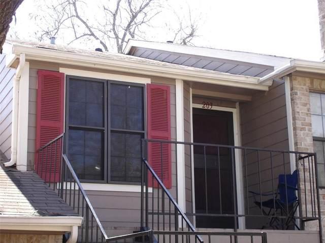 2907 Pearl St #203, Austin, TX 78705 (#7016160) :: Watters International
