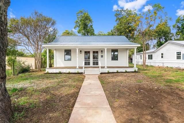 1316 Farm St, Bastrop, TX 78602 (#7025881) :: Green City Realty