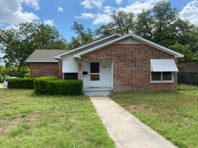 101 S Race St, Lampasas, TX 76550 (#7092675) :: All City Real Estate