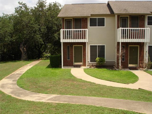 1815 River Crossing Cir A, Austin, TX 78741 (#7131961) :: Magnolia Realty