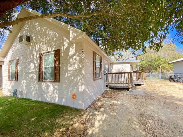 204 W Walnut St, Granger, TX 76530 (#7132015) :: Papasan Real Estate Team @ Keller Williams Realty