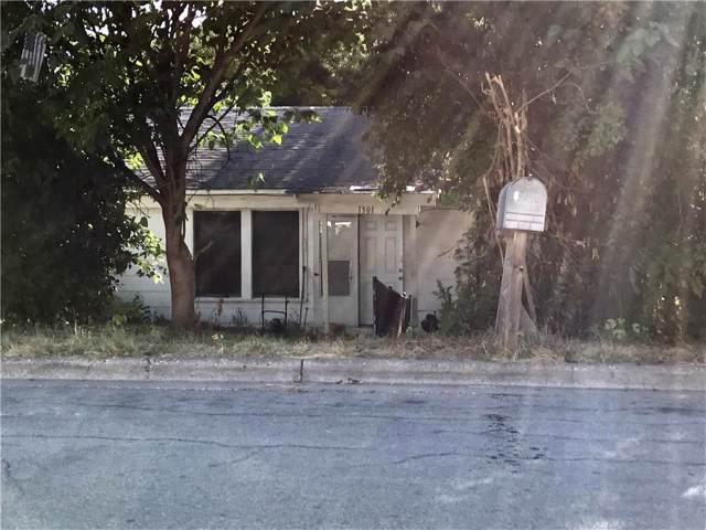 1301 Luna St, Austin, TX 78721 (#7176346) :: Papasan Real Estate Team @ Keller Williams Realty