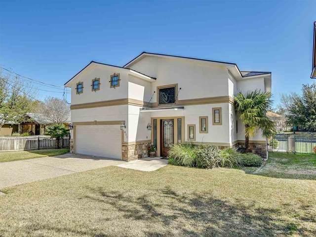411 Oak Rock, Horseshoe Bay, TX 78657 (#7216597) :: Zina & Co. Real Estate