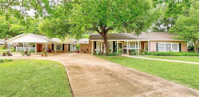 1121 Maple St, Lockhart, TX 78644 (#7228341) :: Papasan Real Estate Team @ Keller Williams Realty