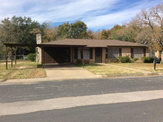 1021 N Williamson St, Giddings, TX 78942 (#7292596) :: 3 Creeks Real Estate