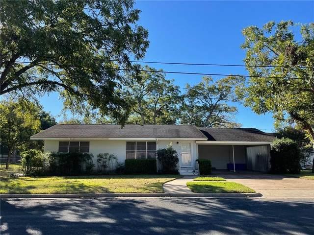 326 E Pecan St, La Grange, TX 78945 (#7355293) :: Papasan Real Estate Team @ Keller Williams Realty
