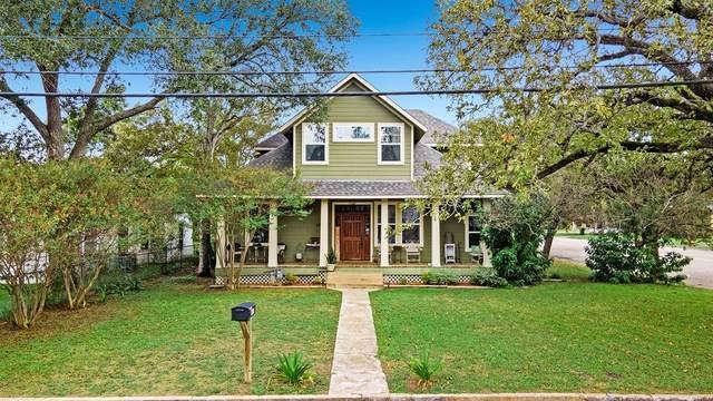 487 E Brenham St, Giddings, TX 78942 (#7406603) :: Papasan Real Estate Team @ Keller Williams Realty