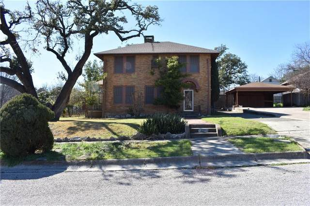 208 S Race St, Lampasas, TX 76550 (#7415181) :: All City Real Estate
