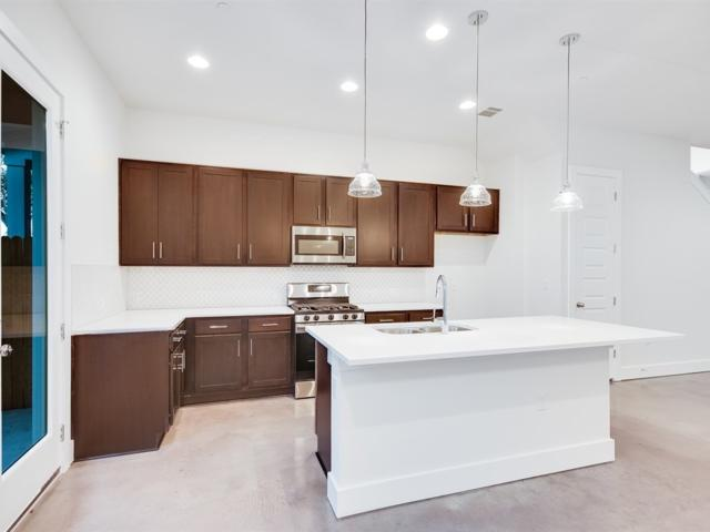 8922 Manchaca Rd #503, Austin, TX 78748 (#7466693) :: Papasan Real Estate Team @ Keller Williams Realty
