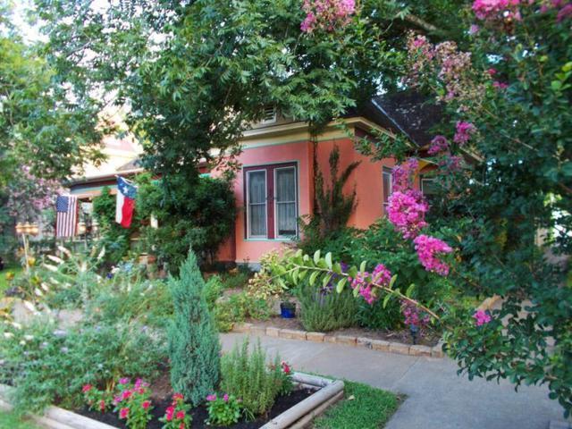 309 Olive St, Smithville, TX 78957 (#7506897) :: Papasan Real Estate Team @ Keller Williams Realty