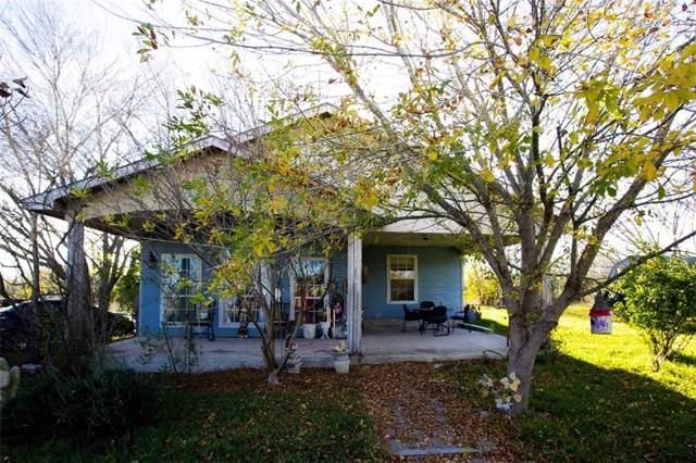 2350 Offerman Hill, San Marcos, TX 78666 (#7598369) :: Papasan Real Estate Team @ Keller Williams Realty