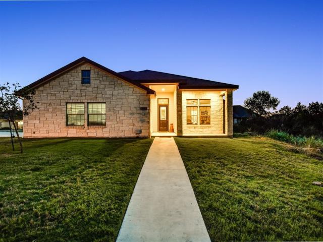 909 Canyon Oak Cir, Marble Falls, TX 78654 (#7600986) :: 12 Points Group