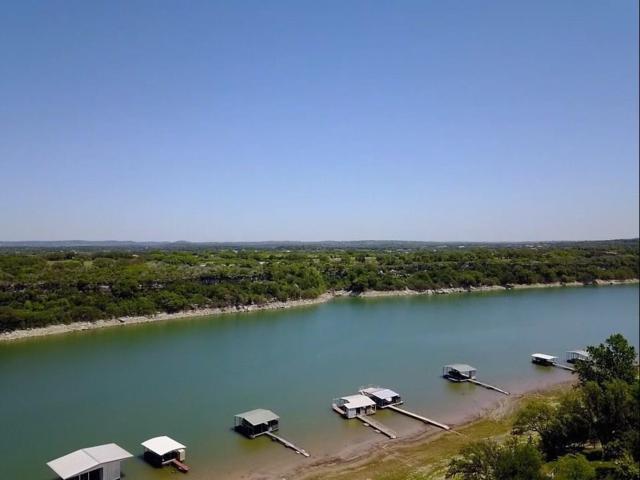 1239 Lake Shore Dr, Spicewood, TX 78669 (#7603403) :: Ana Luxury Homes