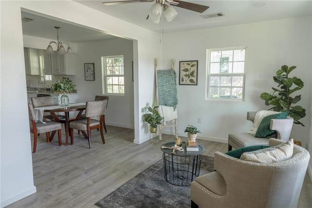 1318 Farm St, Bastrop, TX 78602 (#7688393) :: Green City Realty